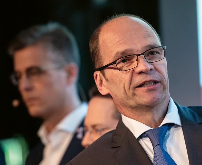 Ein Stromnetz gegen den Niedrigzins: Markus Altenhoff von der Ärzteversorgung Westfalen-Lippe berichtete vom Joint Venture am Übertragungsnetz¬betreiber Amprion. (Bild: Andreas Schwarz)