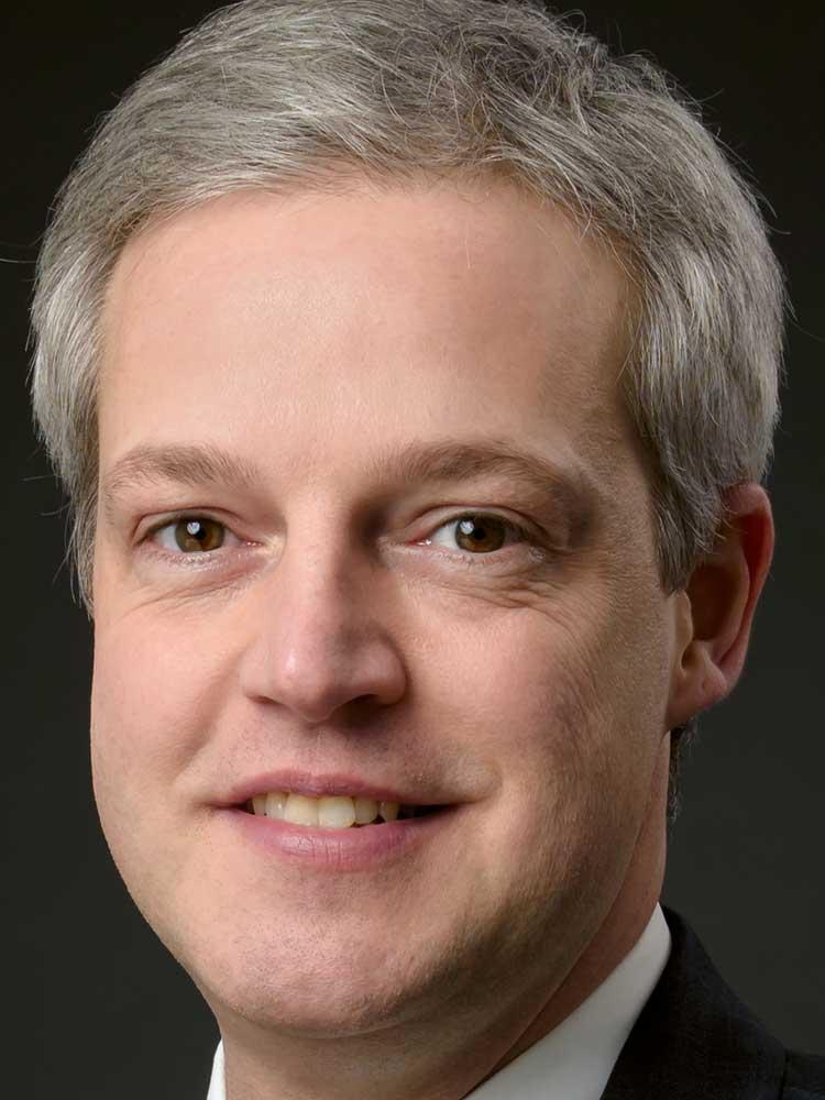Tobias Bürger, Redakteur, portfolio institutionell
