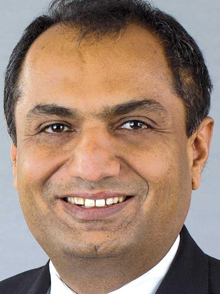 Vikas Kapoor, Co-Leiter, AB Custom Alternative Solutions, Alliance Bernstein