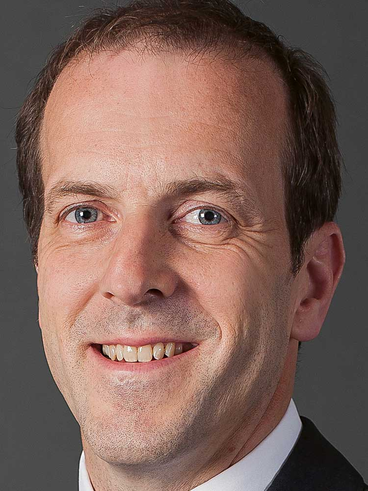 Desmond English, Kreditportfoliomanager, Pioneer Investments