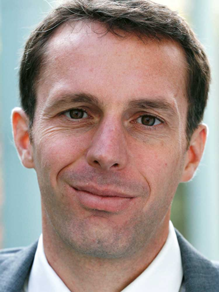 Patrick Eisele, Chefredakteur, portfolio institutionell