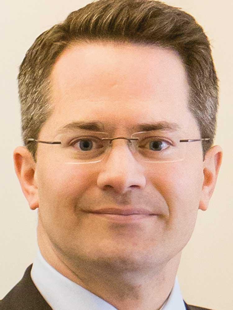Axel-Rainer Hoffmann, Mitglied der Vorstände, Volkswohl Bund Versicherungen